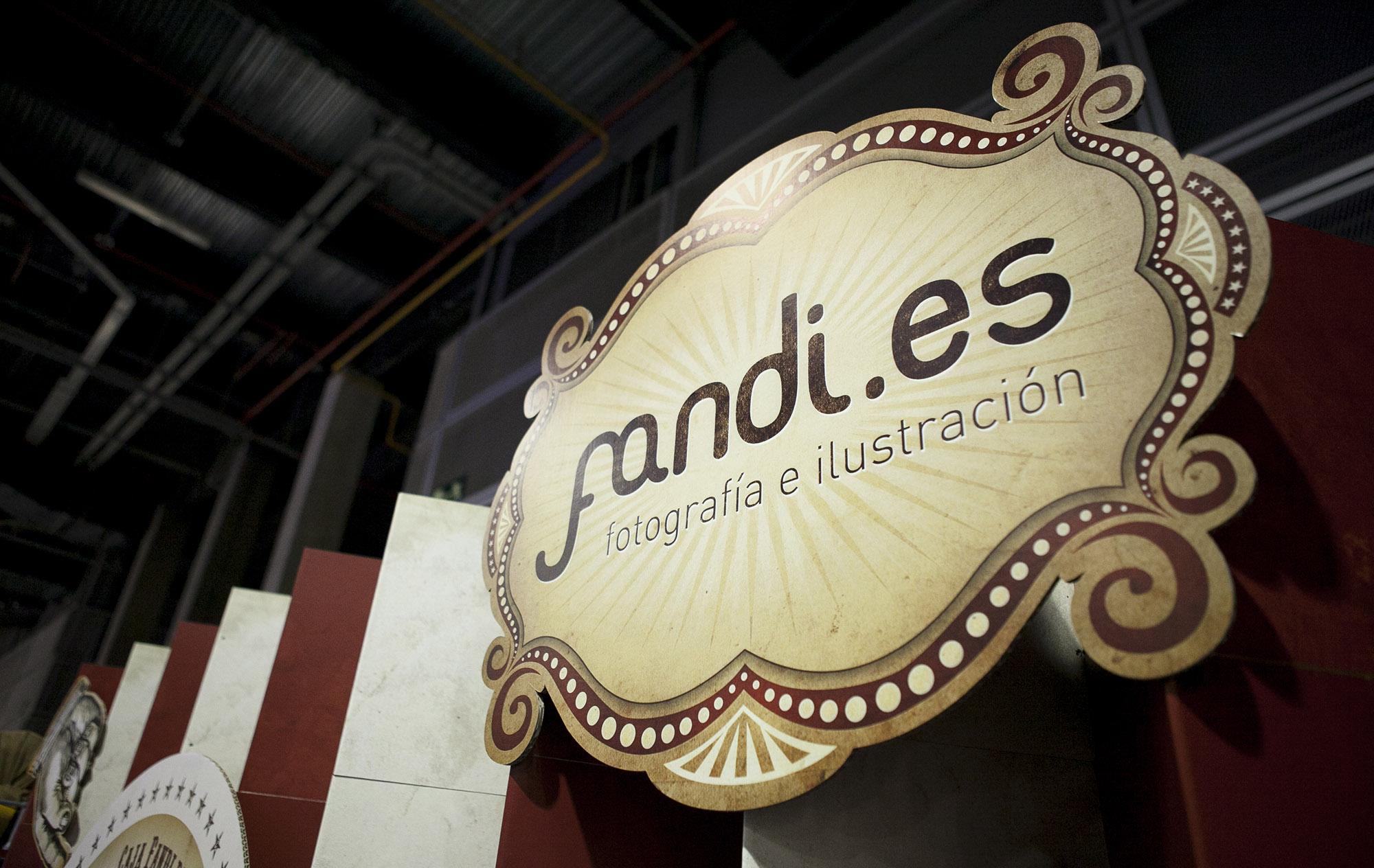 Diseño stand temática circo para Fandi.es