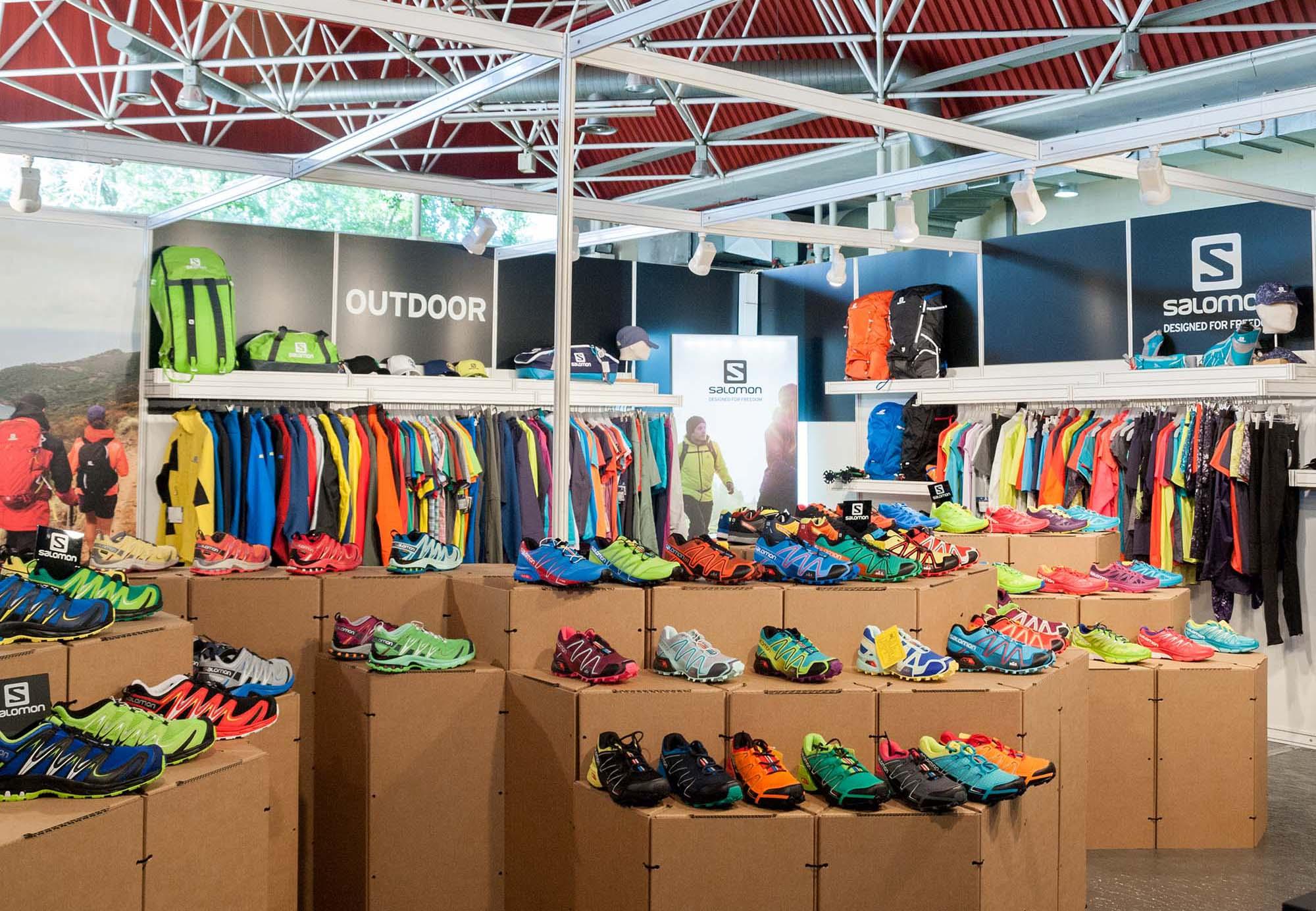 Stand para la Convención BASE con Triplo* Sistema Constructivo en Cartón para Salomon Barcelona Amer Sports