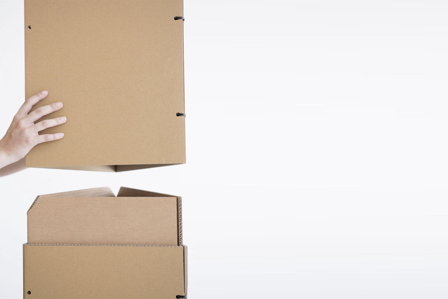 Triplo* cartón sistema montaje exposicion efimaro corner escaparate